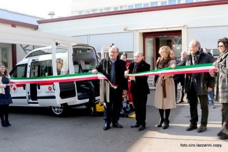 La nuova ambulanza è stata consegnata questa mattina
