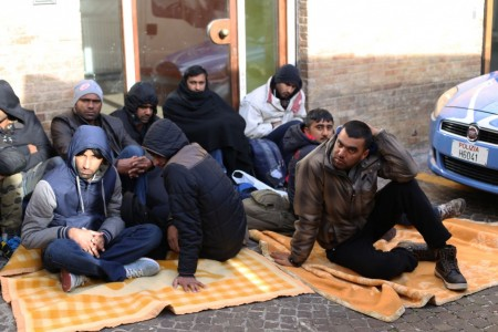 Business sui migranti,   anche Perigeo e Acsim  nel mirino delle Fiamme gialle