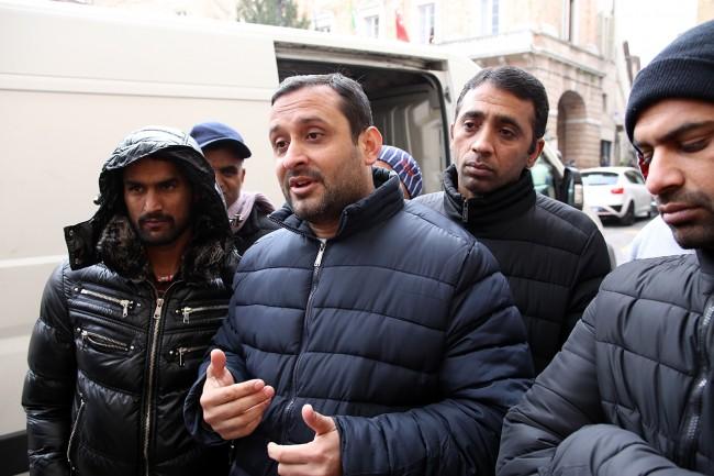 protesta pakistani piazza macerata_foto LB (3)