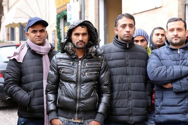 protesta pakistani piazza macerata_foto LB (5)