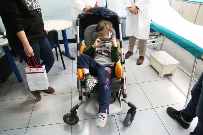 simone crema ospedale dermatologia ustioni censure foto ap (8)
