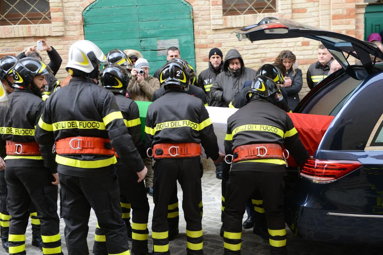 funerale roberto torregiani vdf - montelupone (2)
