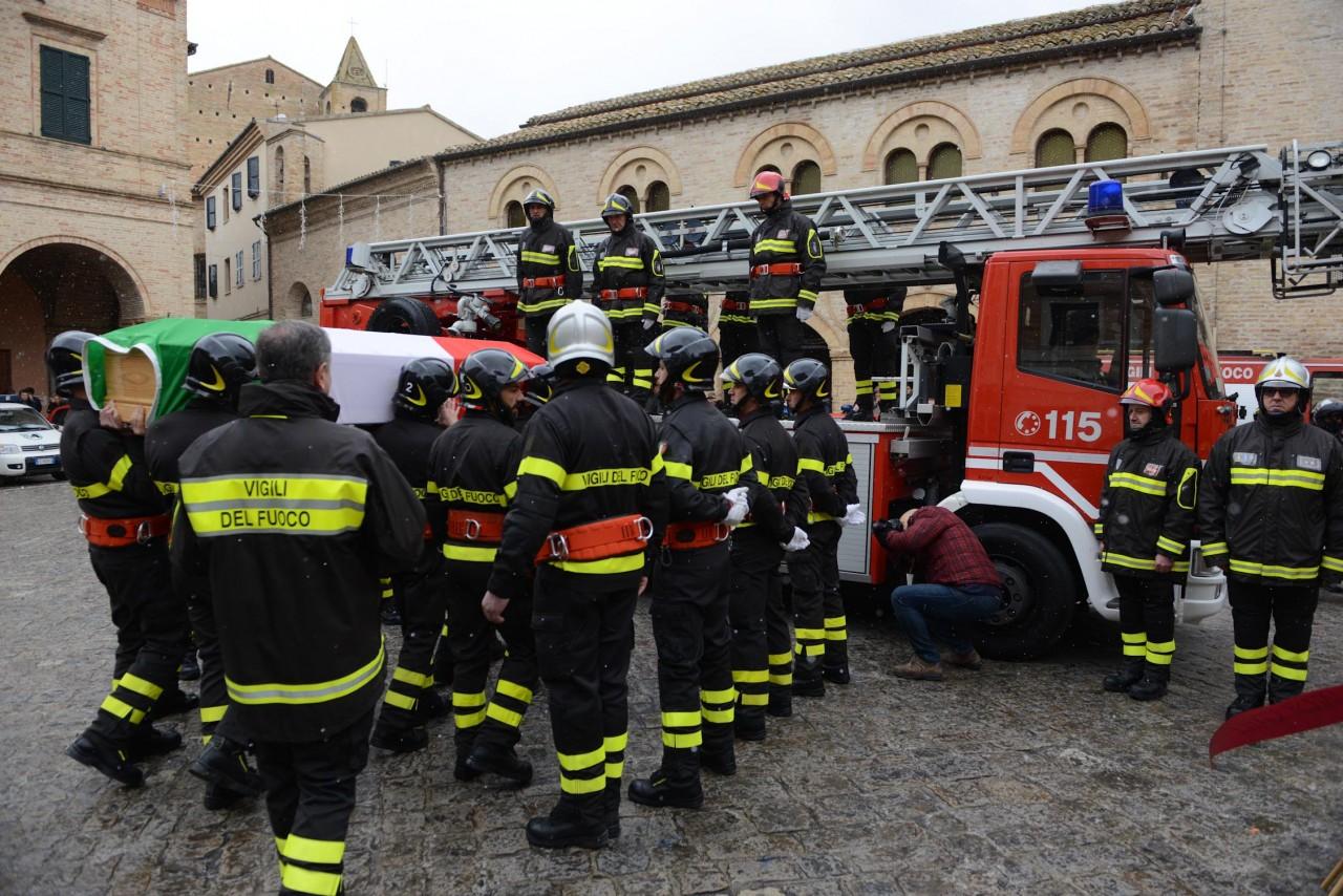 funerale roberto torregiani vdf - montelupone (28)
