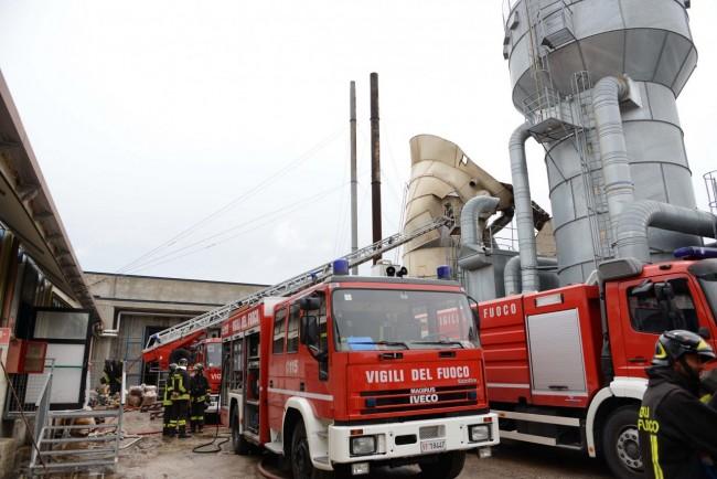 L'esplosione al silos (Foto di Federico De Marco)