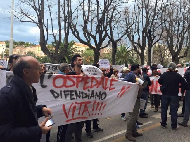protesta sanità regione 0