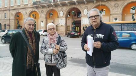 Da sinistra Roberto Gaetani e Giorgia Belforte di Legambiente e Amedeo Regini