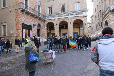 sentinelle in piazza macerata_Foto LB (4)