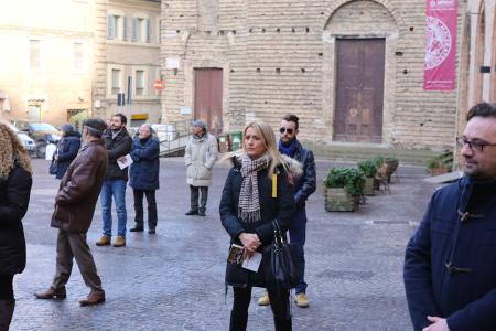 sentinelle in piedi piazza macerata_foto LB (8)