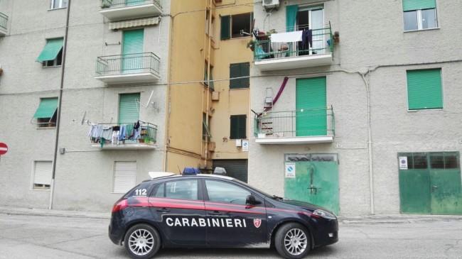 tentato_suicidio_via_zorli_carabinieri (2)