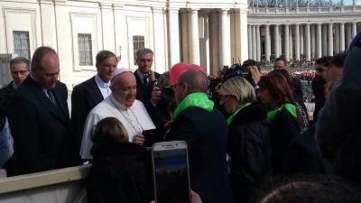 Di recente papa Francesco ha incontrato Mario Lambertucci della Società Operai di Colmurano in piazza San Pietro