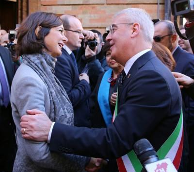 La presidente della Camera e il sindaco Carancini