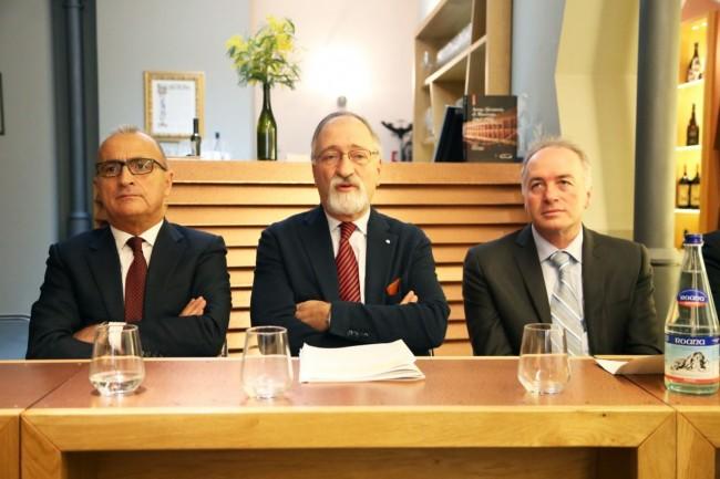 conferenza fusione comuni civica enoteca foto ap (10)