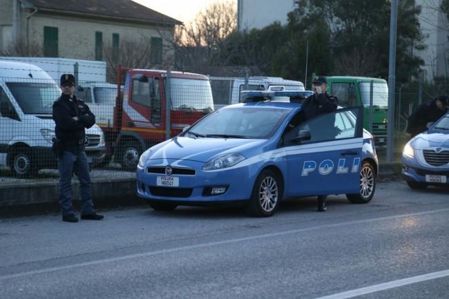 A sinistra Sandro Tommasi, dirigente Ufficio prevenzione crimine di Macerata