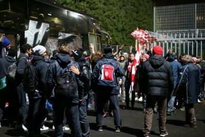 Ieri sera la squadra è stata accolta da una settantina di tifosi all'Helvia Recina