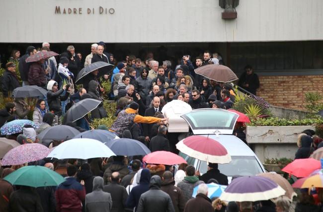 Funerale Matteo Mari_Foto LB (4)