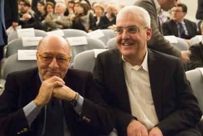 """A destra il sindaco Romano Carancini con il premio Oscar Dante Ferretti che ha firmato il progetto di illuminazione per """"Macerata che sarà"""""""