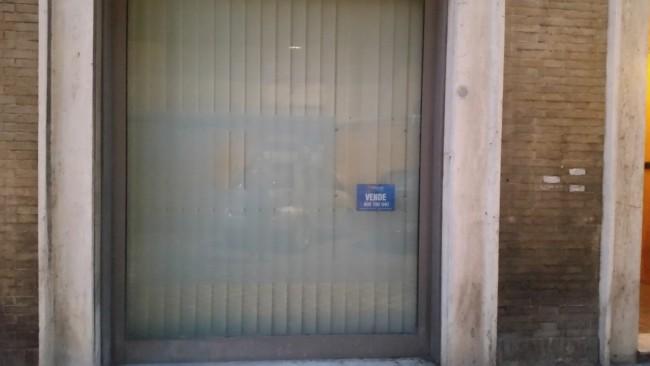 negozi_sfitti_macerata (31)