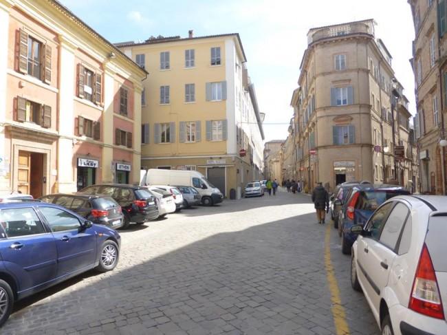 piazza annessione macerata (6)