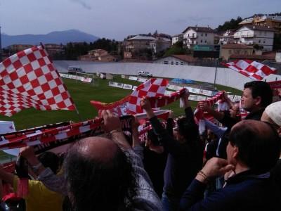 I tifosi della Maceratese a L'Aquila