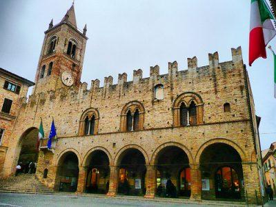 Montecassiano_-_Palazzo_del_podestà