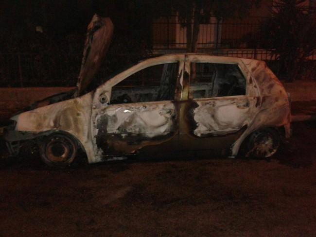 La Fiat Punto bruciata