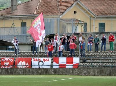 I tifosi della Maceratese a Carrara