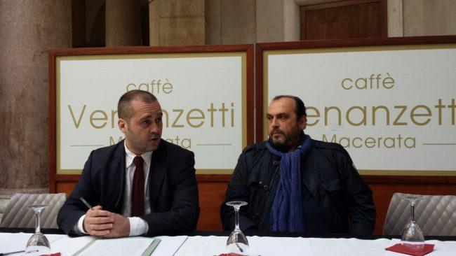 Cerolini con il suo avvocato al caffè Venanzetti