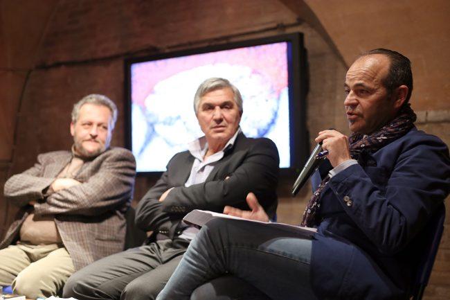 Un momento della presentazione di questo pomeriggio: da sinistra Filippo Davoli, Giuseppe Bommarito e Gianni Giuli