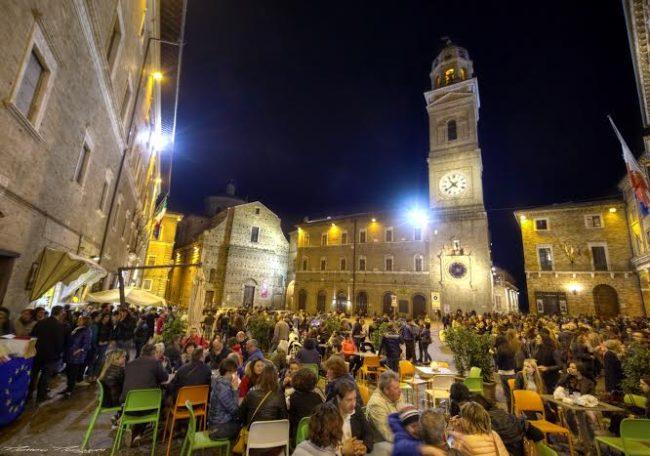 Piazza della Libertà (foto di Matteo Mazzoni)