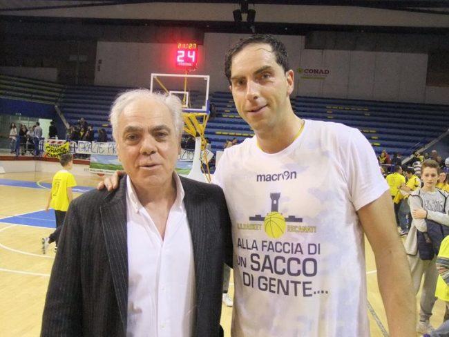 basket-recanati-Il-Presidente-GIUSEPPE-PIERINI-e-suo-figlio-il-capitano-del-Basket-RECANATI-ATTILIO-PIERINI-