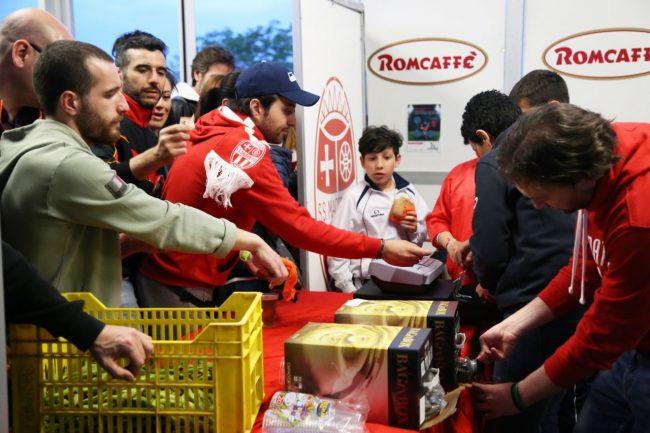 buffet brindisi maceratese play off foto ap (13)