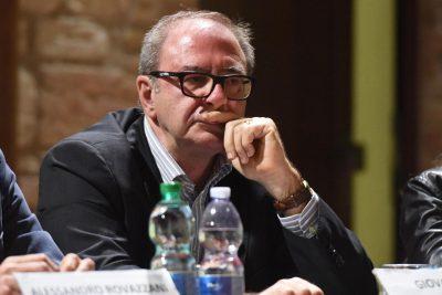 dibattito-candidati-giovanni-giri-porto-recanati-4-400x267