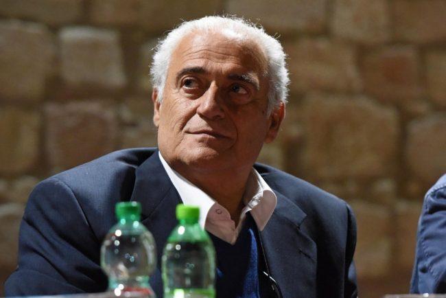 dibattito-candidati-roberto-mozzicafreddo-porto-recanati-14-650x434