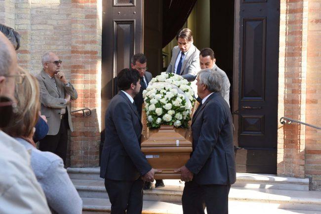 funerale giovanni gardano - porto recanati (2)
