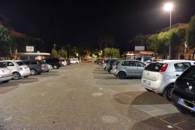 parcheggio-sevaggio-zona-pedonale-piazza-xx-settembre-notte-civitanova-2-400x267