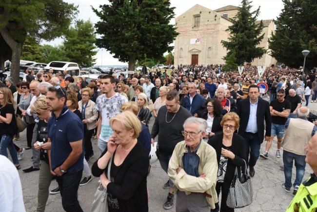 funerale chiara riccardo foto fdm