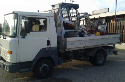 Camion recuperato a Vasto con materiale edile rubato nelle Marche