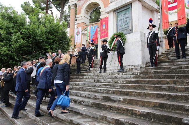 celebrazione 2 giugni 2016 macerata monumento vittoria_Foto LB (2)