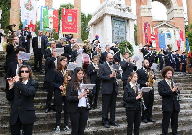 celebrazione 2 giugni 2016 macerata monumento vittoria_Foto LB (24)