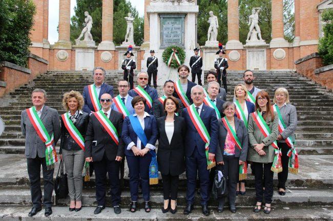 celebrazione 2 giugni 2016 macerata monumento vittoria_Foto LB (31)