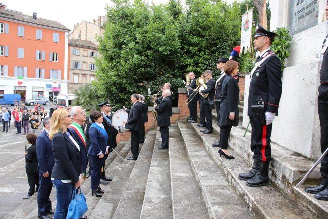 celebrazione 2 giugni 2016 macerata monumento vittoria_Foto LB (4)