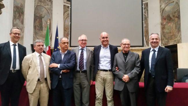 Da sinistra Giulio Salerno, Carlo Pongetti, Francesco Adornato, Luigi Lacchè, Mauro Giustozzi, Michele Corsi ed Ermanno Calzolaio