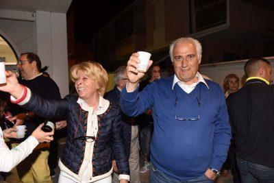 festeggiamenti neo sindaco mozzicafreddo - rosalba ubaldi - porto recanati (7)