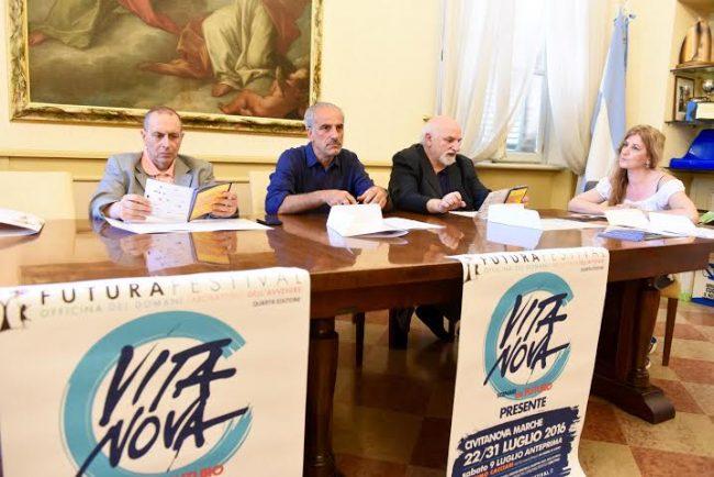Il sindaco Tommaso Corvatta, il vice e assessore alla cultura Giulio Silenzi, il direttore artistico Gino Troli e il presidente TdC Rosetta Martellini
