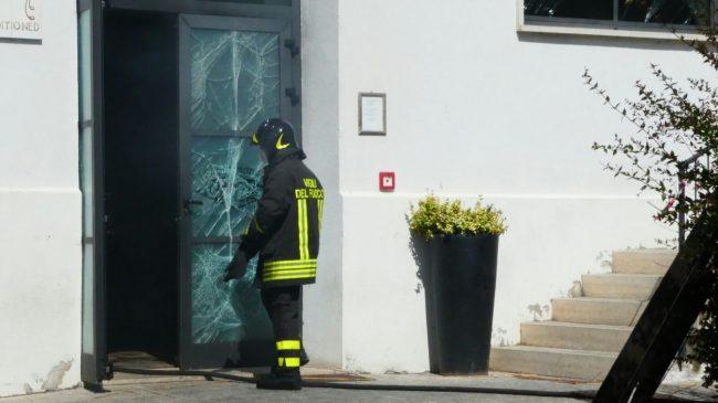 incendio pub monte san giusto 24
