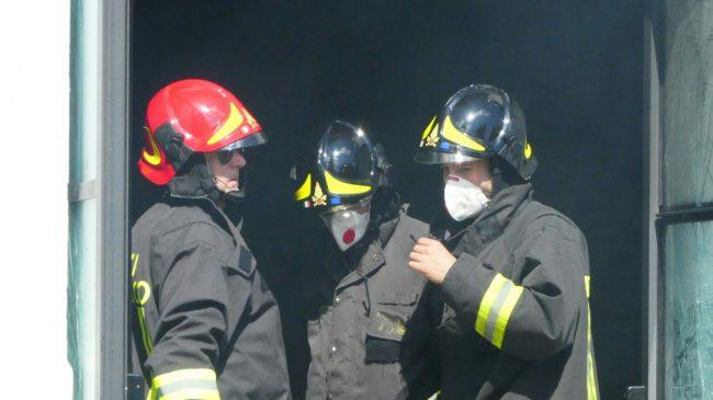 incendio pub monte san giusto 25