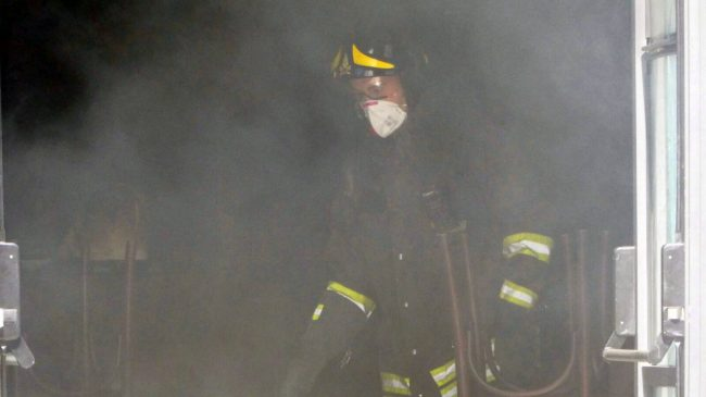 incendio pub monte san giusto 27