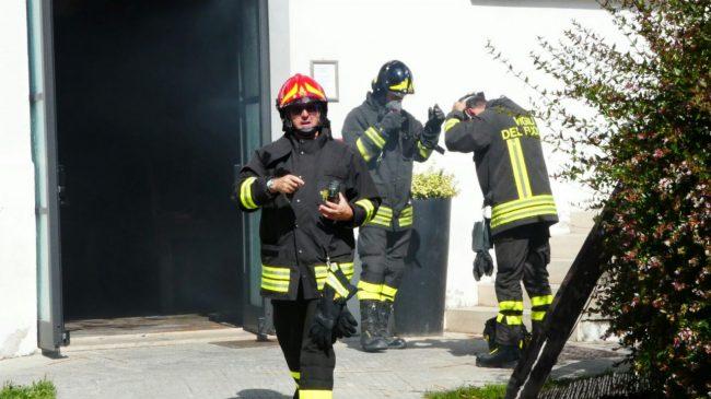 incendio pub monte san giusto 31