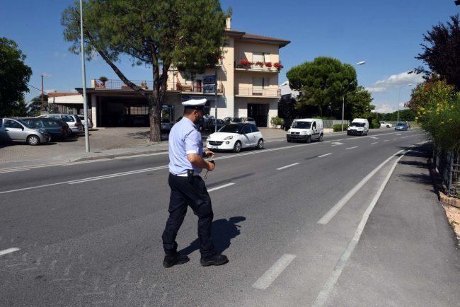 incidente - ciclista - via martiri di belfiore - vigili urbani - civitanova (1)