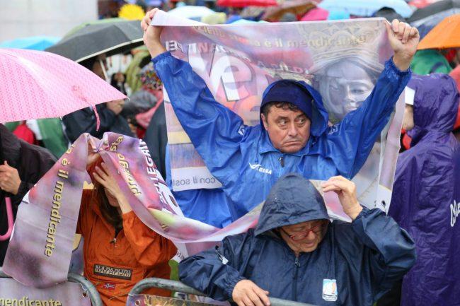 loreto ombrelli2